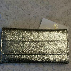 Adrienne Vittadini Handbags - Adrienne Vittadini NWT Gold  Fold out Wallet
