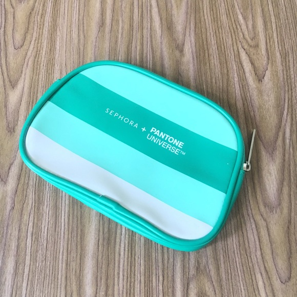 56% off Sephora Handbags - Sephora Pantone Emerald Makeup ...