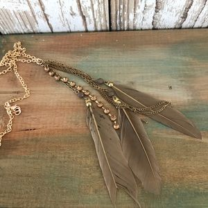 Jewelry - Long feather rhinestone rose gold bronze necklace