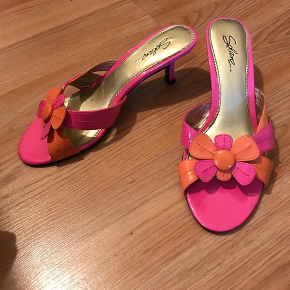 adorable pink and orange flower shoes 8 from s