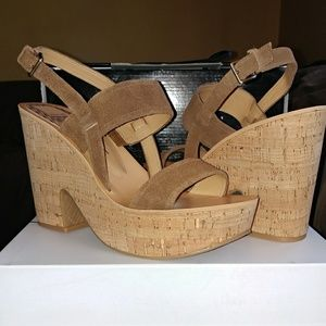 Dolce Vita Shoes - NWOT DOLCE VITA PLATFORMS