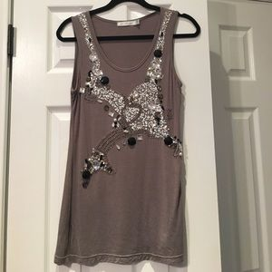 🆕 ⬇️long tunic tank with decoration size L