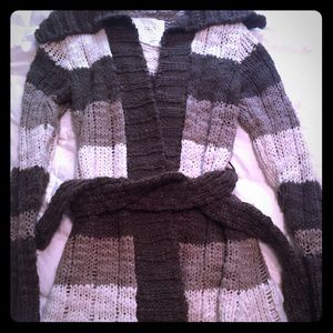 Women's old navy sweater