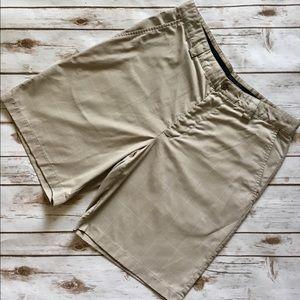 Izod Other - IZOD -XFG Plaid Microfiber, Flat Front Golf Shorts