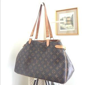 Louis Vuitton Handbags - Authentic Louis Vuitton Shoulder Bag