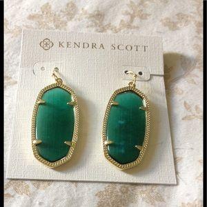 Kendra Scott Jewelry - NWT Kendra Scott Signature Elle Earrings