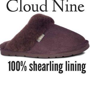 Cloud 9 Shoes - Cloud Nine Fuzzie Shearling scuffs. EUC Size M