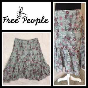Free People Dresses & Skirts - Free People midi skirt