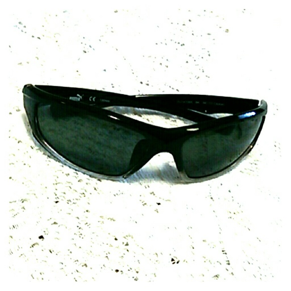 a4ba330a00 Authentic Puma Sunglasses PU14708A Polarized. M 591b25b52fd0b7d36816b9eb
