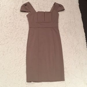 Tan Max & Cleo 4 fitted dress
