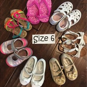 Stride Rite Other - Size 6 Bundle of Shoes