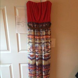 Dresses & Skirts - Strapless maxi dress - sz small