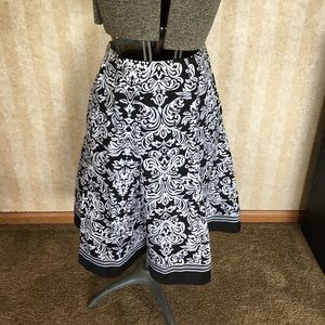 Black and white skirt by Robbie Bee