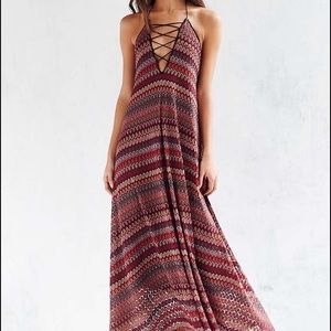Ecote Dresses & Skirts - Ecote Flame Stitch Lace-Up Maxi Dress