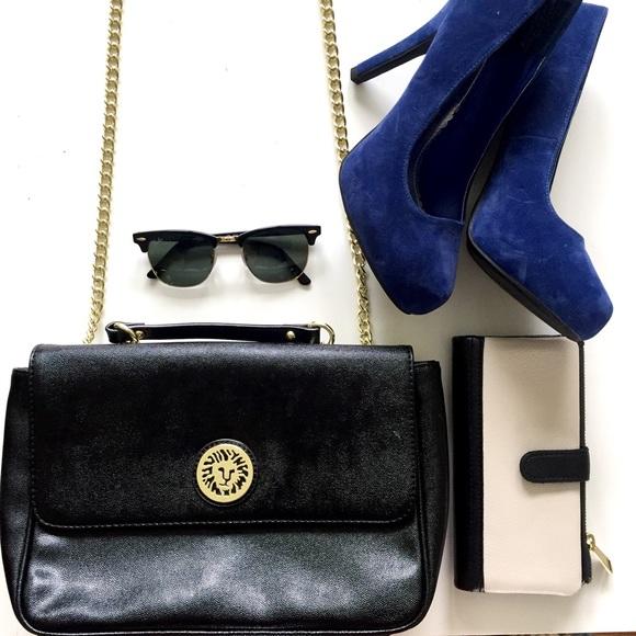 Anne Klein Handbags - 🎉PM EDITOR PICK🎉Anne Klein black purse f9f17c1dde