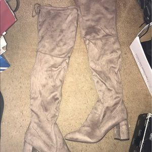 Shoes - Thigh boots size 8