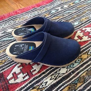 Swedish Hasbeens Shoes - Blue suede clogs!