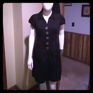 Amanda Lane Dresses & Skirts - Black, short sleeved, collared, Button down dress.