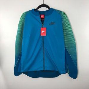 Nike Tops - Nike NSW Dynamic Reveal Jacket