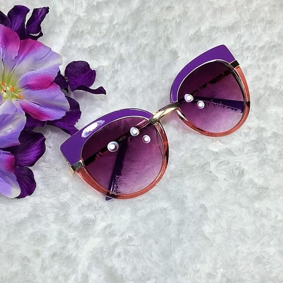 "Accessories - ""Jackie"" Retro Cat Eye Sunglasses"