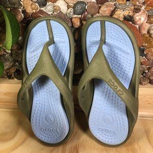 CROCS Other - Crocs Kids Size 10, 11 Green & Blue Like New