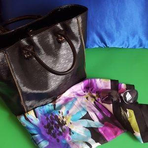Rebecca Minkoff zipper tote w/ storage bag