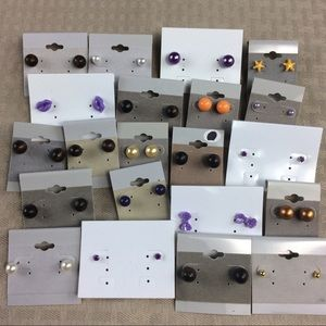 Jewelry - 21 Pairs of Stud Earrings