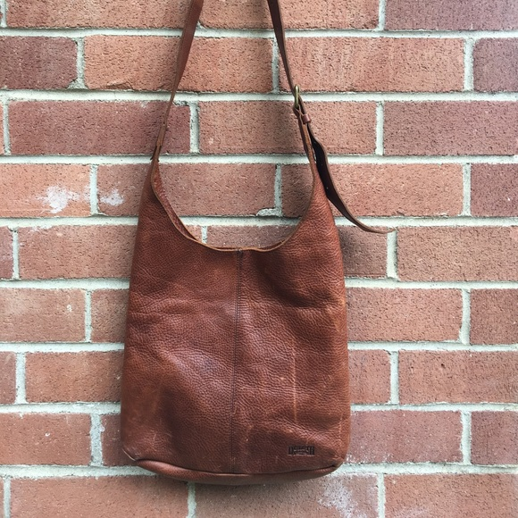 4c7fd07c7ad ... Duluth Trading Company Leather Crossbody Bag the latest 77628 0487c   Duluth Trading Company Lifetime ...