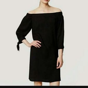 LOFT Dresses & Skirts - Loft off shoulder tie wrist black swing dress
