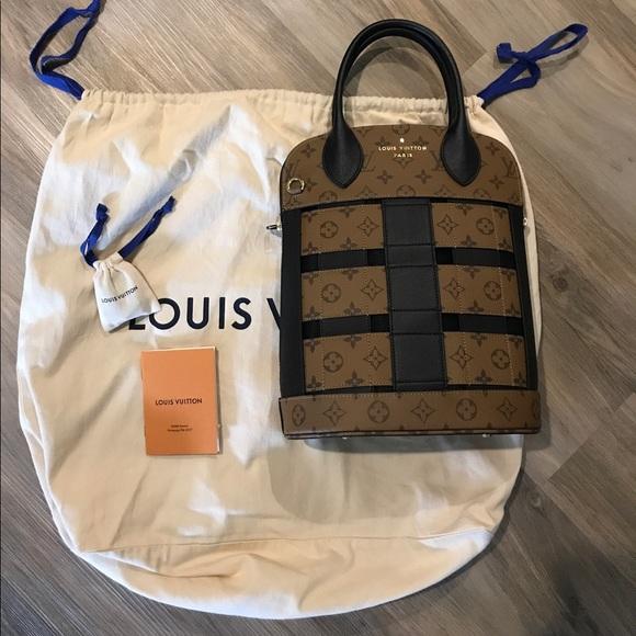 5f88e40964e9 Louis Vuitton Tressage tote