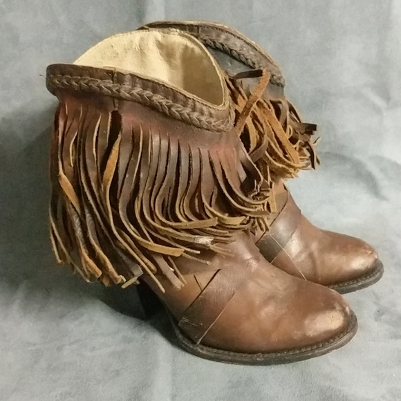 40dcf11dd92e42 Freebird Shoes - Freebird Boots Leather Fringe Distressed Laredo 7