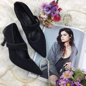 Donald J. Pliner Shoes - Donald J. Pliner Mary Jane Pointed Kitten Heel