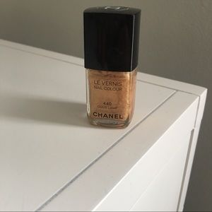 CHANEL Other - Chanel Le Vernis nail polish- gold lame