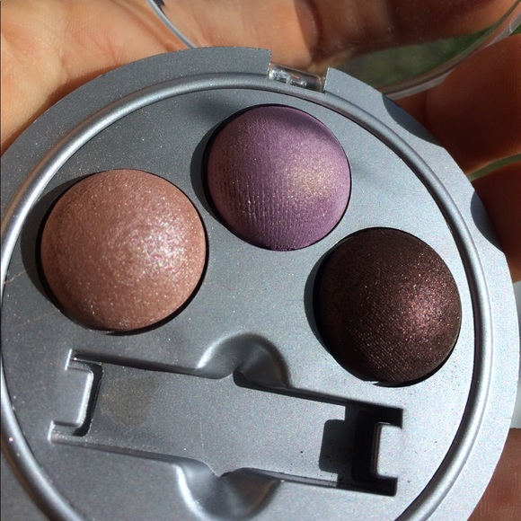 42c834e485a06 Physicians Formula Baked Sweets wet dry eye shadow.  M 591b6d91f0137db831019454