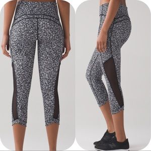 lululemon athletica Pants - NWT DAISY LULULEMON SOLE TRAINING CROP BLACK WHITE