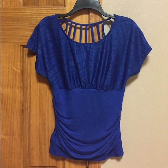 af0b9275aa4d22 HeartSoul Tops - Size large top
