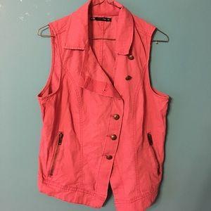 Red vest ❤️