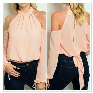 Threadzwear Tops - 🔜 Pink cold shoulder blouse