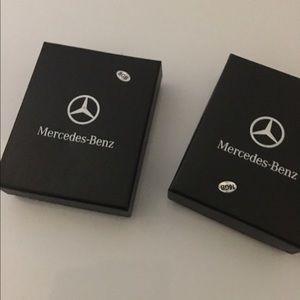 Mercedes Benz 8gb or 16gb flash drive