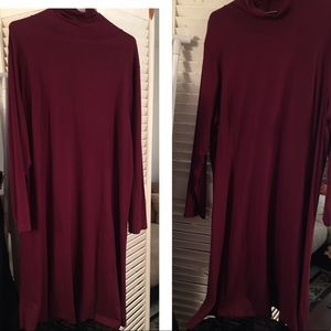George Simonton Dresses & Skirts - Long Sleeve gathered neck Maroon color stretch
