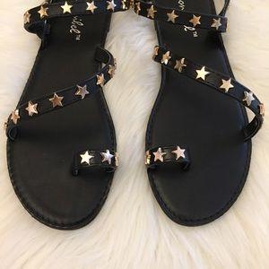 Black Star Studded Toe Ring Sandal