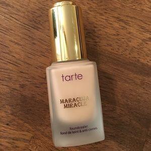 """tarte Other - Tarte foundcealer in """"light"""""""