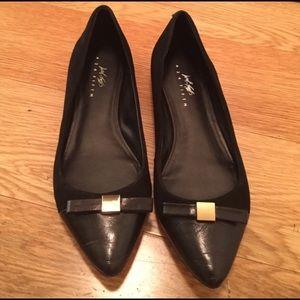 Lord & Taylor Shoes - Elegant Black Lord & Taylor Flats; Sz 7.5