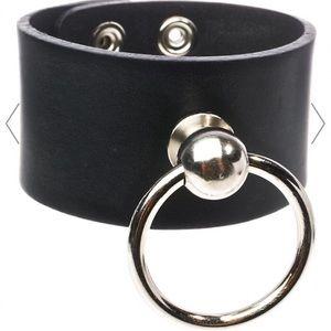 Dollskill Jewelry - O ring bracelet