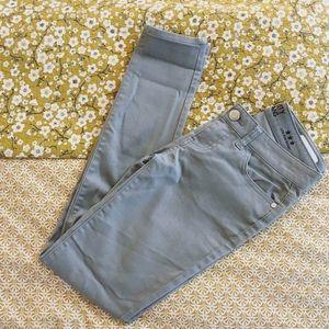 Celebrity Pink Pants - ☁️ Grey Skinnies ☁️☁️
