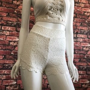 Free People Pants - 🆕 NEW Free People Floral Lace Biker Short
