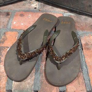 Reef Shoes - Reef Brown Flip Flops size 9