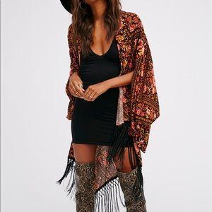 Spell & The Gypsy Collective Tops - 🌵 NWT - Spell Babushka Fringe Kimono