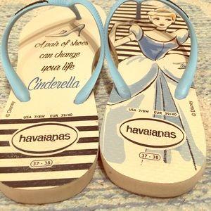 Havaianas Shoes - Disney's Princess Cinderella Havaianas Flip Flops!