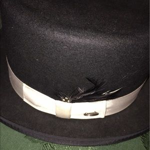 Bailey Of Hollywood Accessories - Bailey of Hollywood Ladies Top Hat  or Equestrian